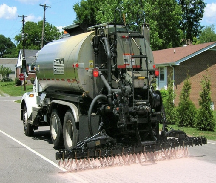 Our maltene-based asphalt rejuvenator helps resist pavement fatigue.